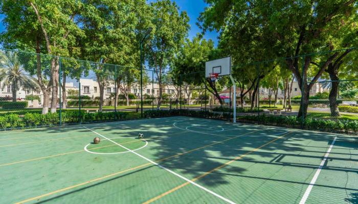 entertainment options for residents of Emirates Living
