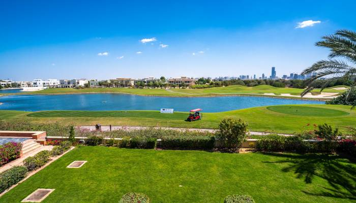 gradd golf course in the Middle East