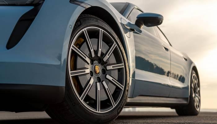 Porsche Taycan Details