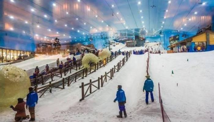Ski Dubai in Mall of Emirates