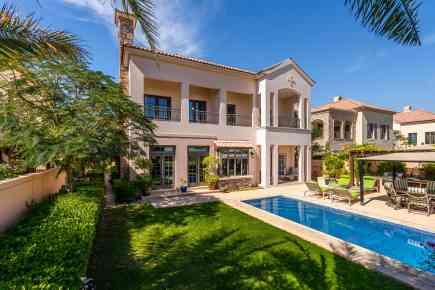 Property Tour: Flame Tree Ridge Villa