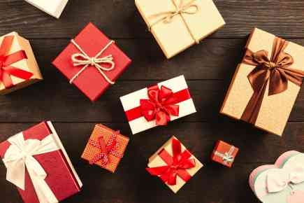 10 Best Luxury Christmas Gift Ideas