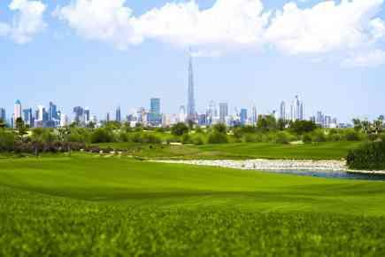 Enjoying the Full Golf Club Experience in Dubai