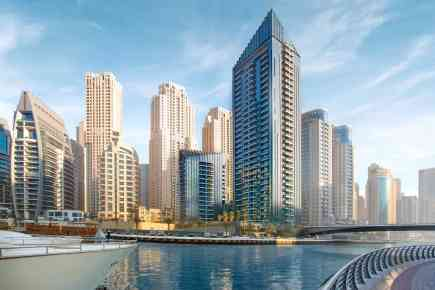 Sparkle Towers in Dubai Marina