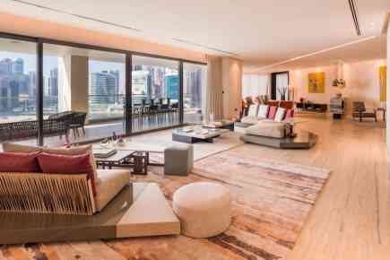 Haute Residence - Luxurious Penthouse In Dubai With Five-Star Amenities