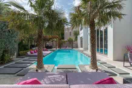 Haute Residences - Extraordinary Villa In Al Barari With Designer Interiors