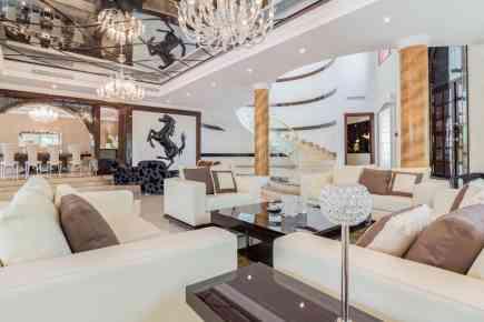 Property Tour: Upgraded Emirates Hills Villa