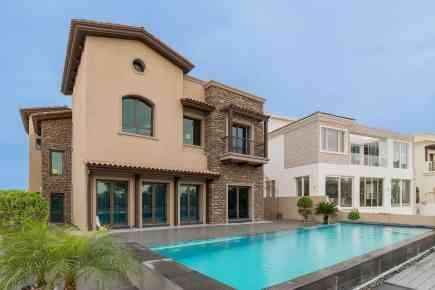 Property Tour: Tuscan-Style Signature Villa at JGE