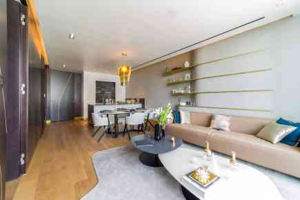 Property Tour: One-Bedroom Apartment in The Opus