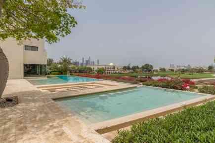 Property Tour: Gorgeous Emirates Hills Villa