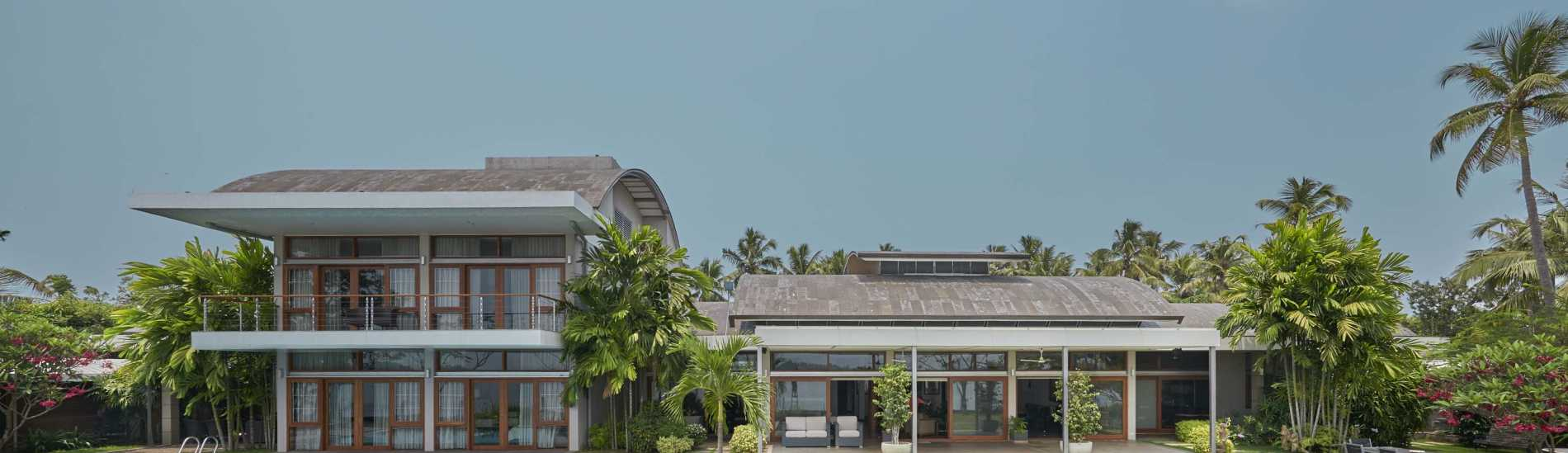 Magnificent Waterfront Villa In the Heart Of Kochi City