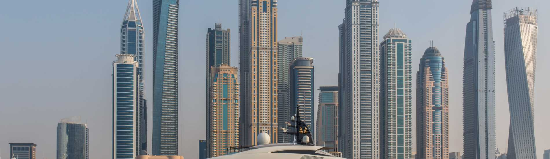 8 Reasons To Invest in Dubai