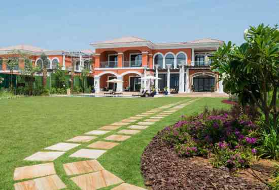 Luxury Property Dubai 7 Bedroom Villa for sale in XXII Carat Palm Jumeirah