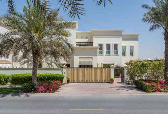 Luxury Property Dubai 5 Bedroom Villa for sale in Sector W Emirates Hills1