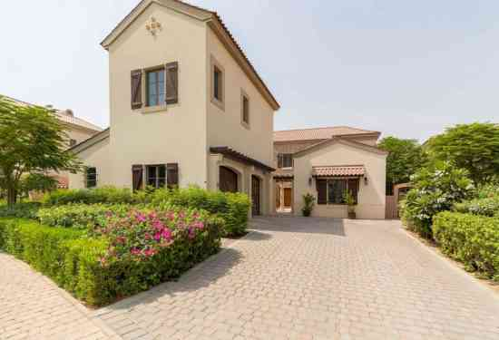 Luxury Property Dubai 5 Bedroom Villa for sale in Flame Tree Ridge Jumeirah Golf Estates