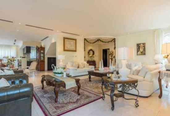 Luxury Property Dubai  5 Bedroom Villa for sale in Jumeirah Park Jumeriah Park1