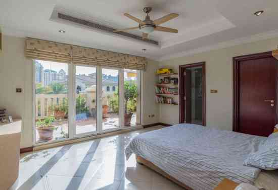 Luxury Property Dubai 4 Bedroom Villa for sale in Frond O Palm Jumeirah2