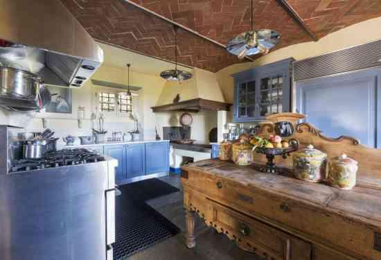 Luxury Property Italy  5 Bedroom Villa for sale in Villa Vita Bella  Arezzo
