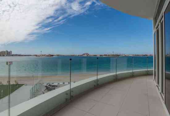 Luxury Property Dubai 2 Bedroom Apartment for sale in Royal Bay Palm Jumeirah3