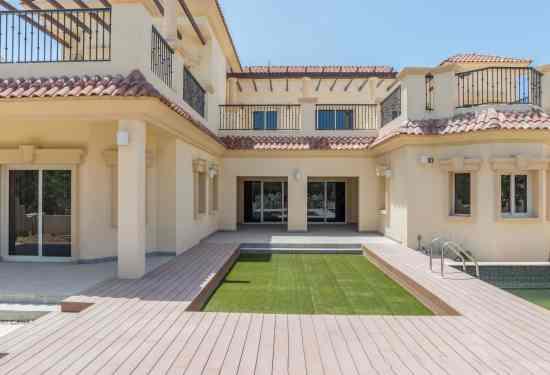 Luxury Property Dubai 5 Bedroom Villa for sale in Royal Golf Villas Jumeirah Golf Estates2