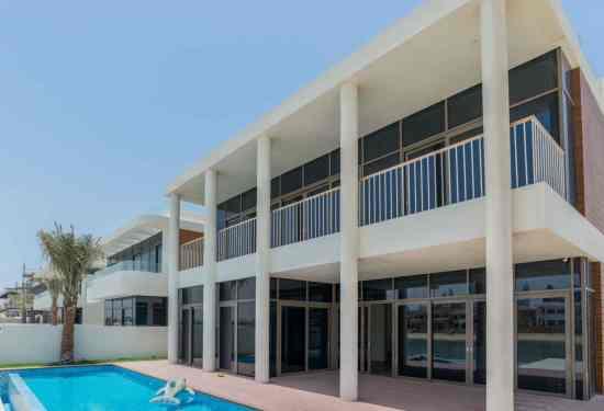 Luxury Property Dubai 5 Bedroom Villa for sale in Garden Homes Palm Jumeirah3