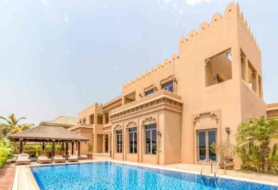 Luxury Property Dubai 6 Bedroom Villa for sale in Signature Villas Palm Jumeirah3