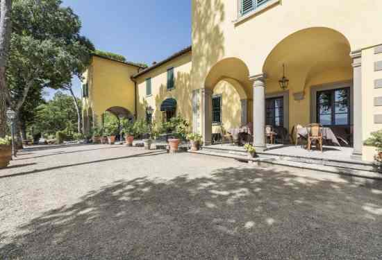 Luxury Property Italy 36 Bedroom Villa for sale in Tenuta Con Vista Florence1