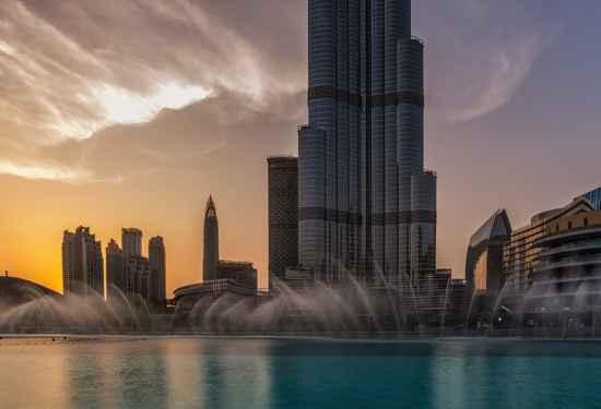 Luxury Property Dubai 2 Bedroom Apartment for sale in Boulevard Point Downtown Dubai3