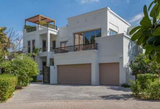 Exquisitely Designed Villa In Al Barari