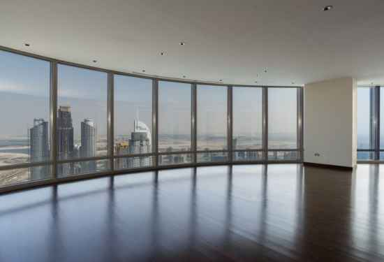 Three-Bedroom Apartment in World's Tallest Tower3