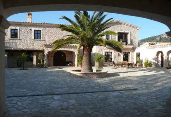 Luxury Estate With Spectacular Views Of Puerto Andratx2