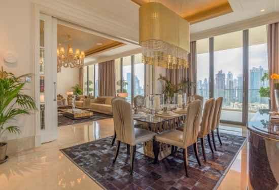 Exquisite Classic Penthouse In Downtown Dubai