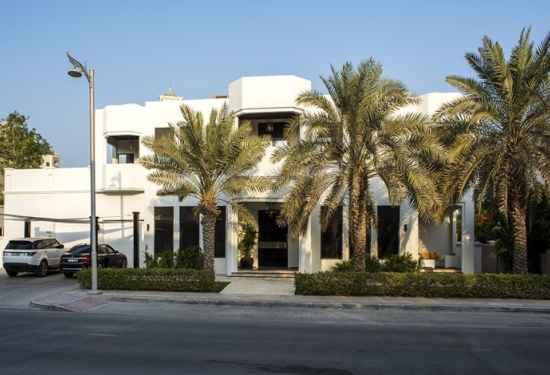 Magnificent Upgraded Palm Jumeirah Signature Villa3