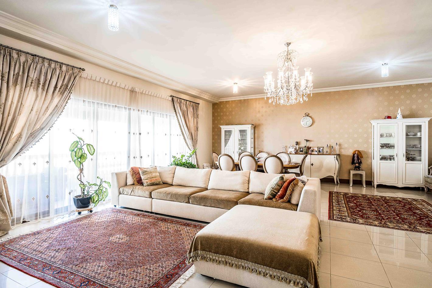 Apartment_at_Golden_Mile_Palm_Jumeirah