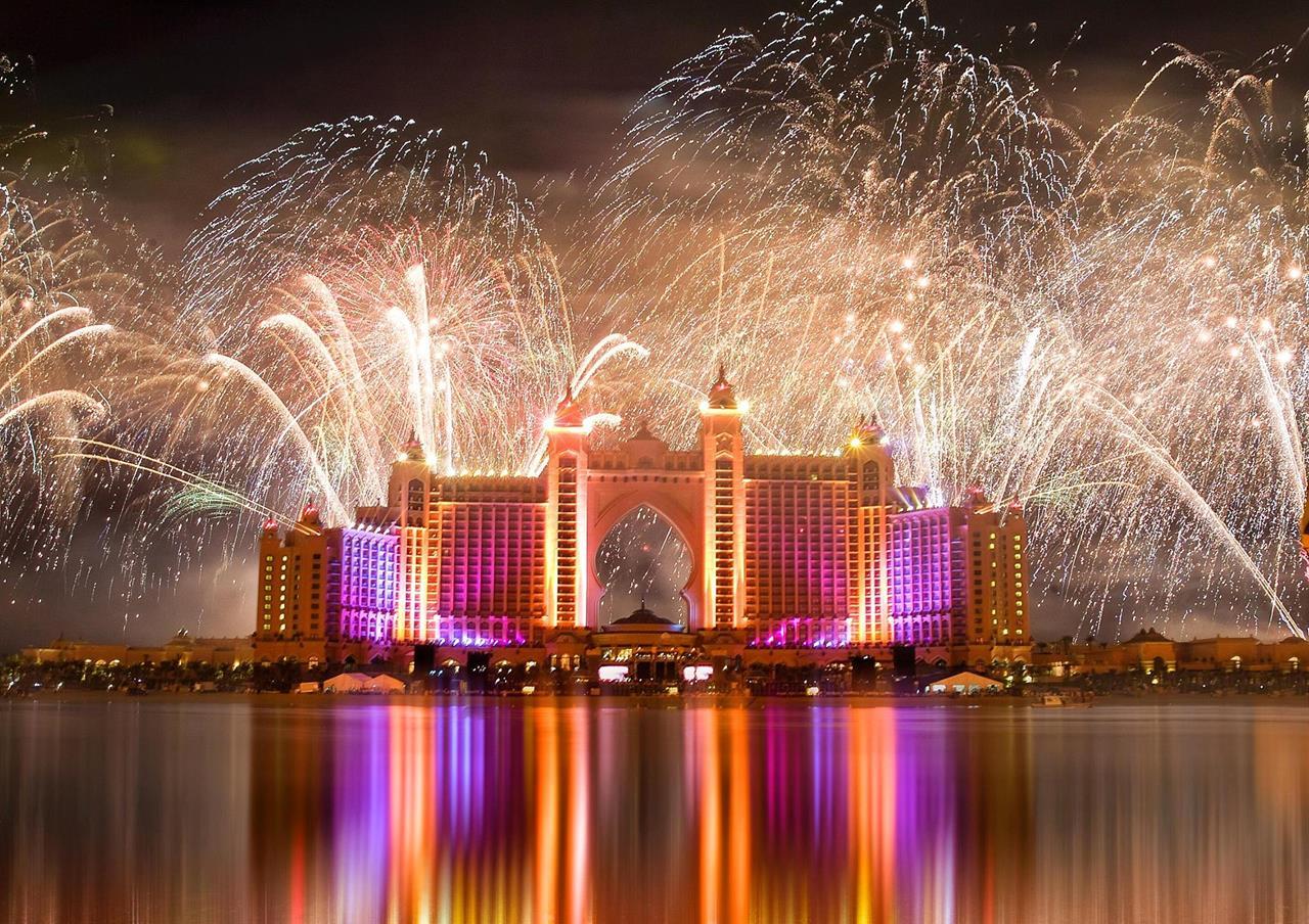 Atlantis New Year Fireworks