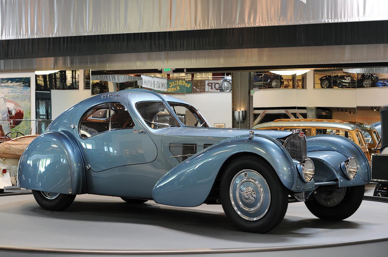 Bugatti_Type_57SC_Atlantic_Classic_Car