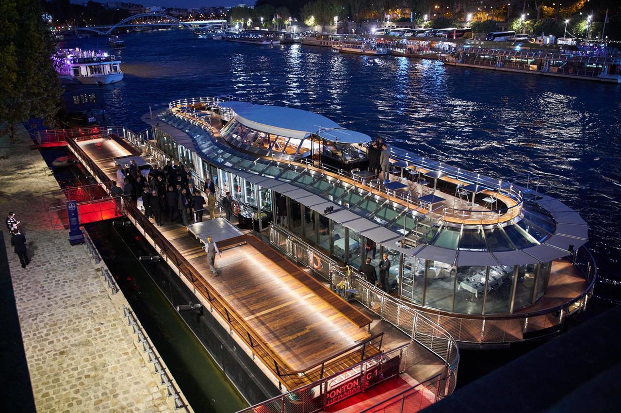 Ducasse_Sur_Seine_Dinner_Cruise_Boat_Paris