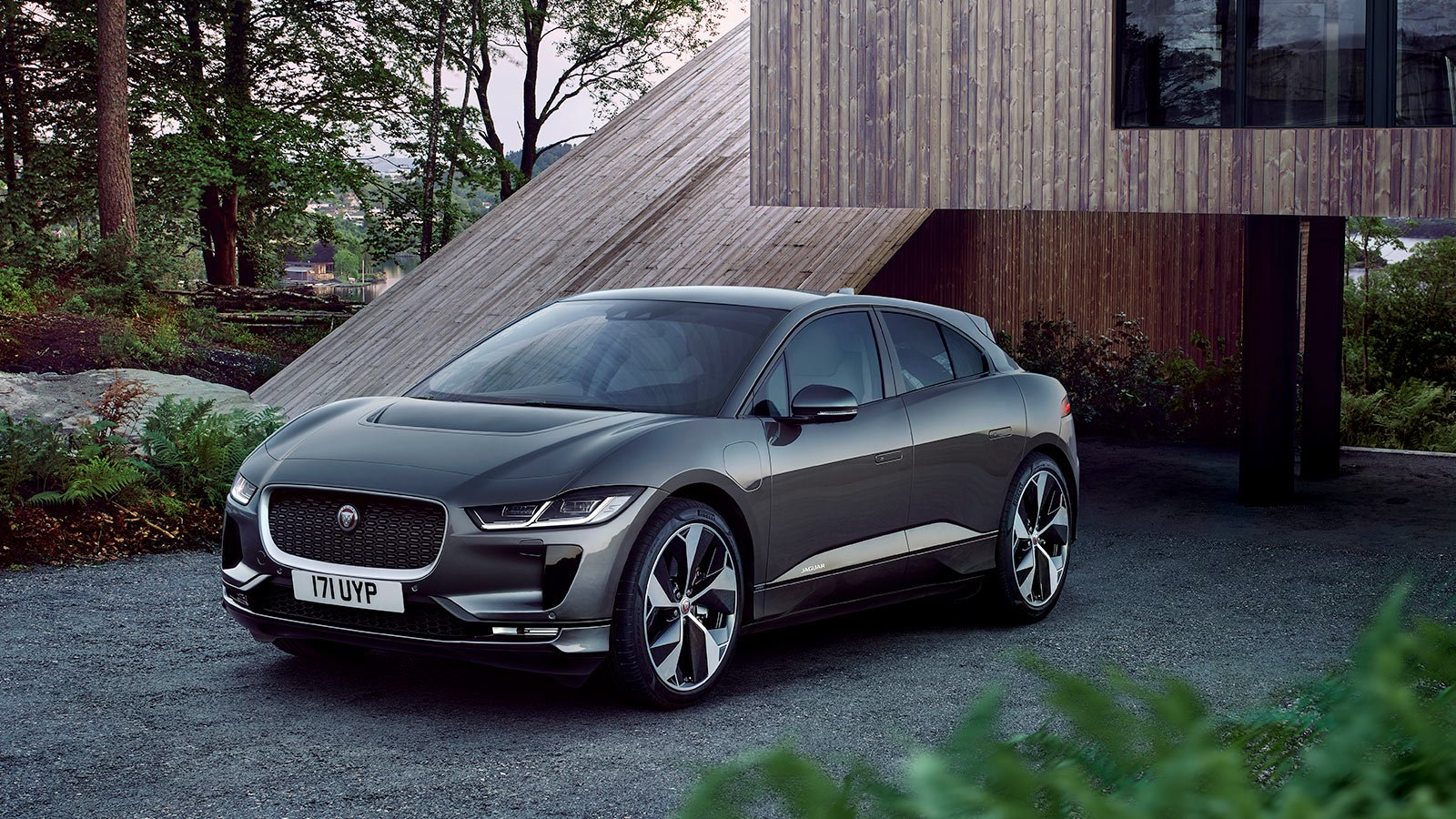 Jaguar I-Pace in Parking