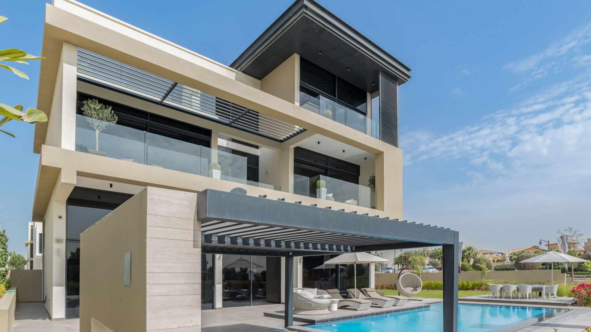 Jumeirah Golf Estate 6 Bed Villa