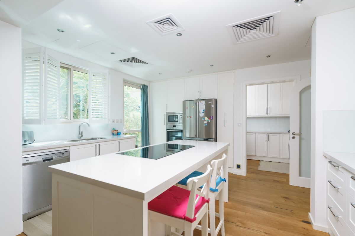 Kitchen in Victory Heights