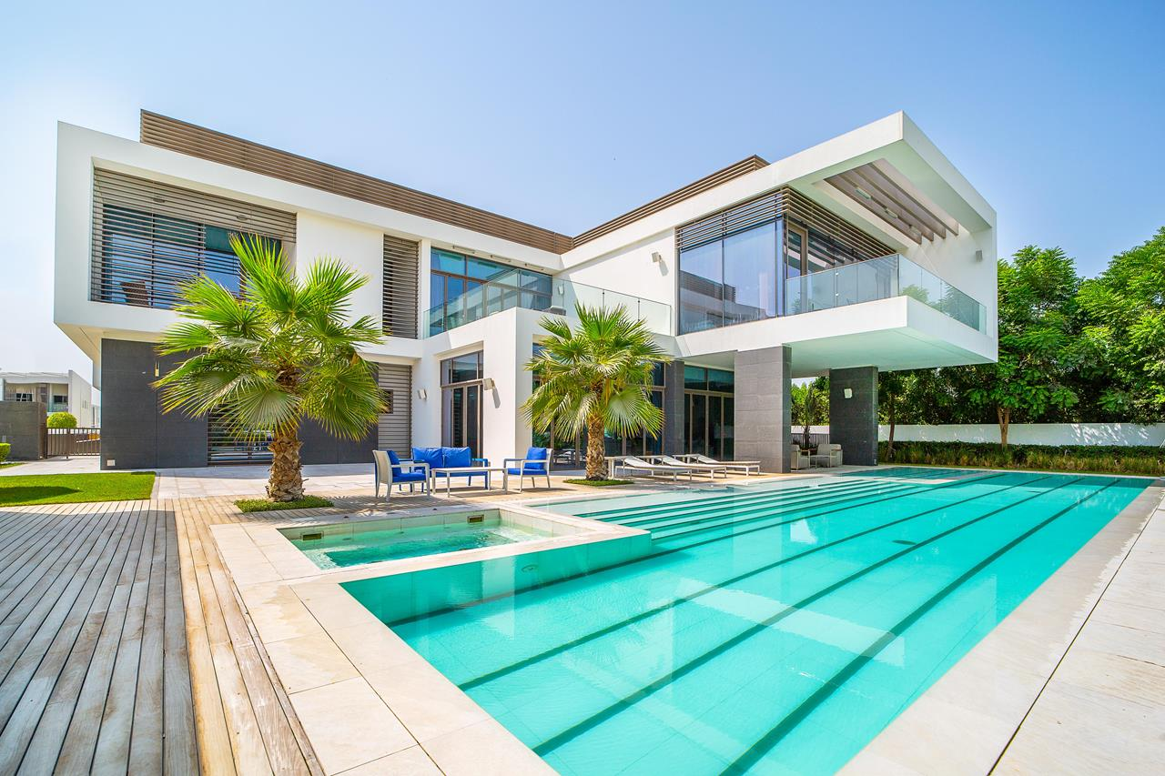 Luxury_Property_Villa_at_District_One_Dubai