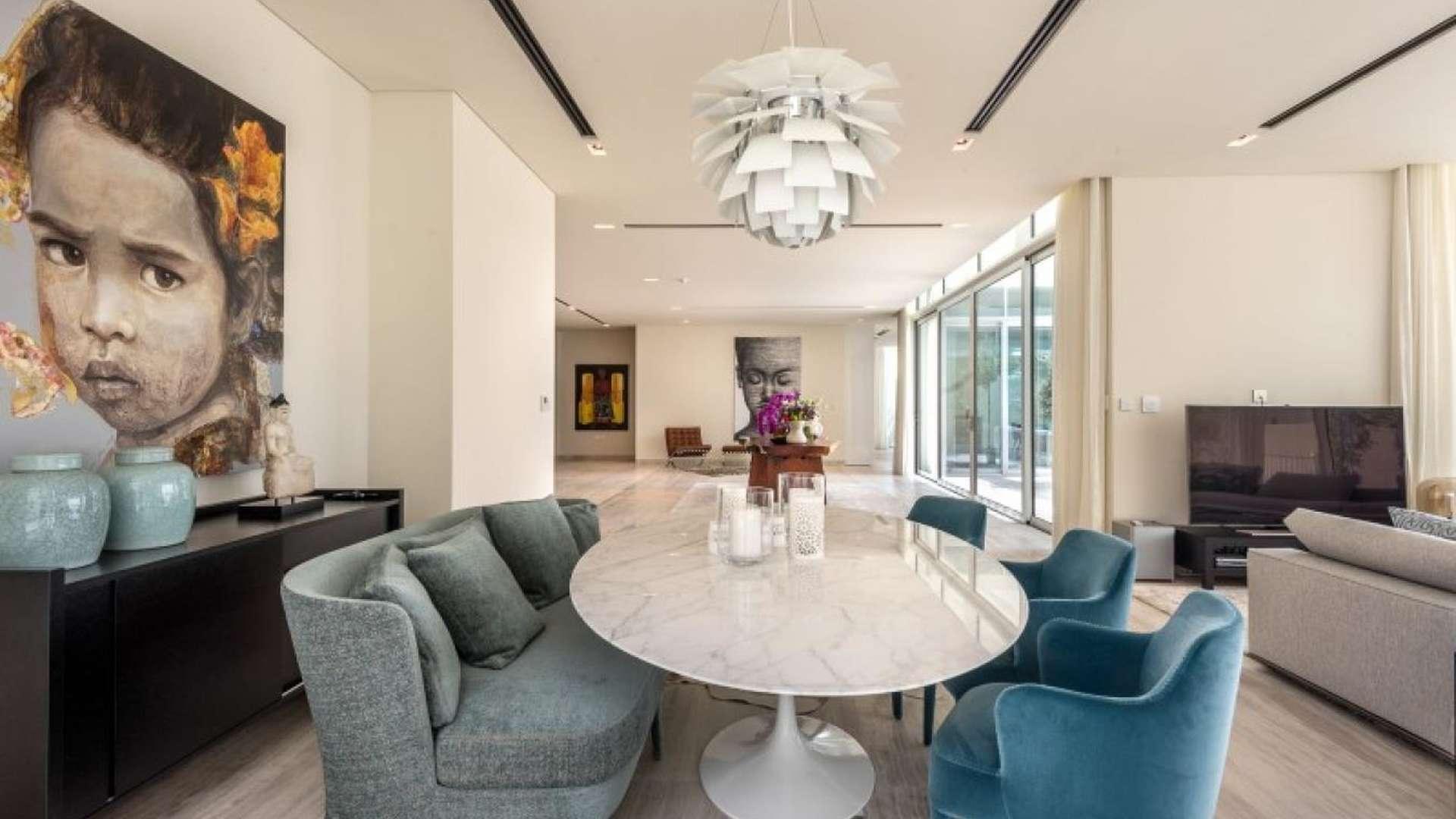 Elegant Tip Villa