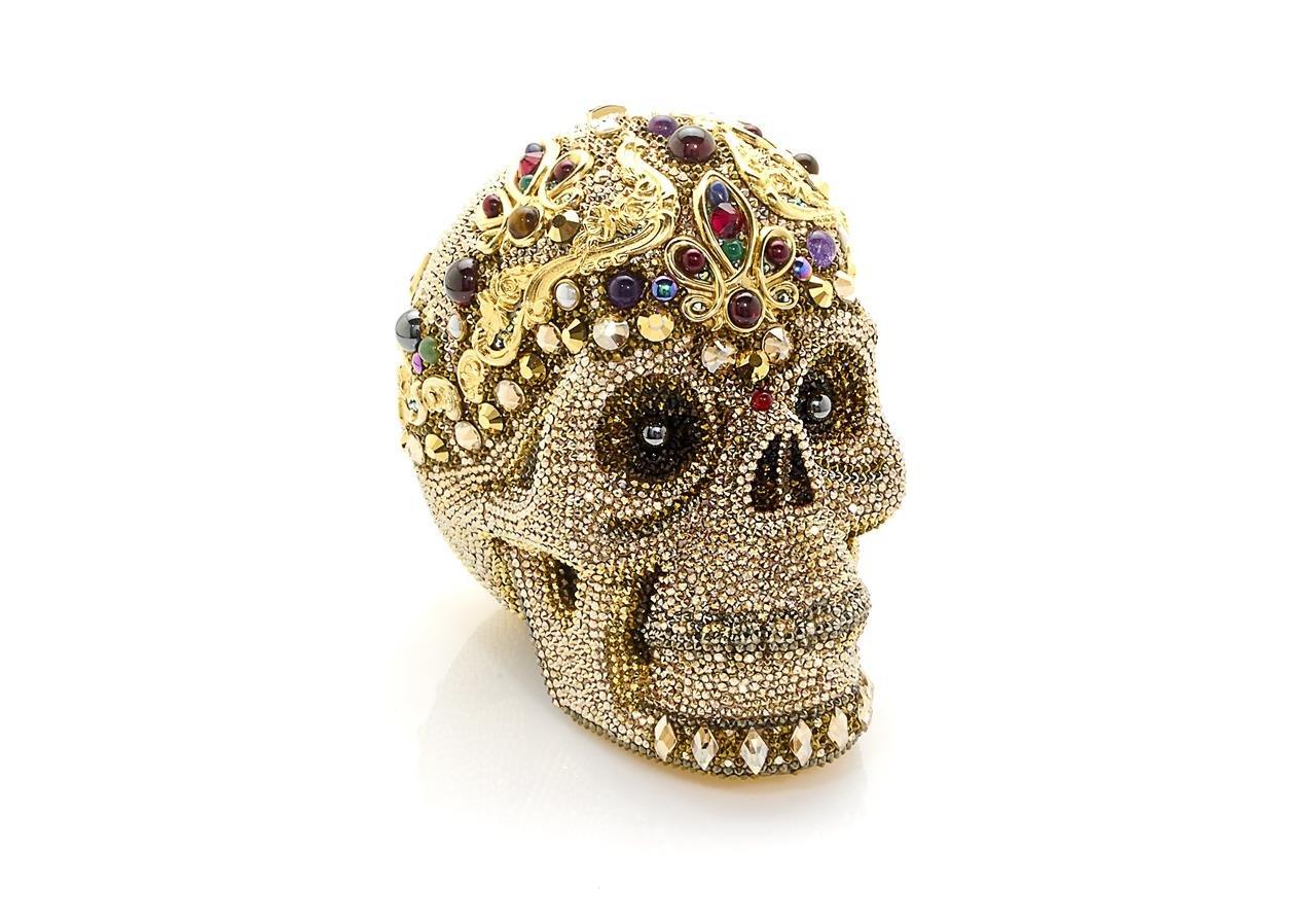 Skull_Sanctus_Judith_Leiber_Handbags