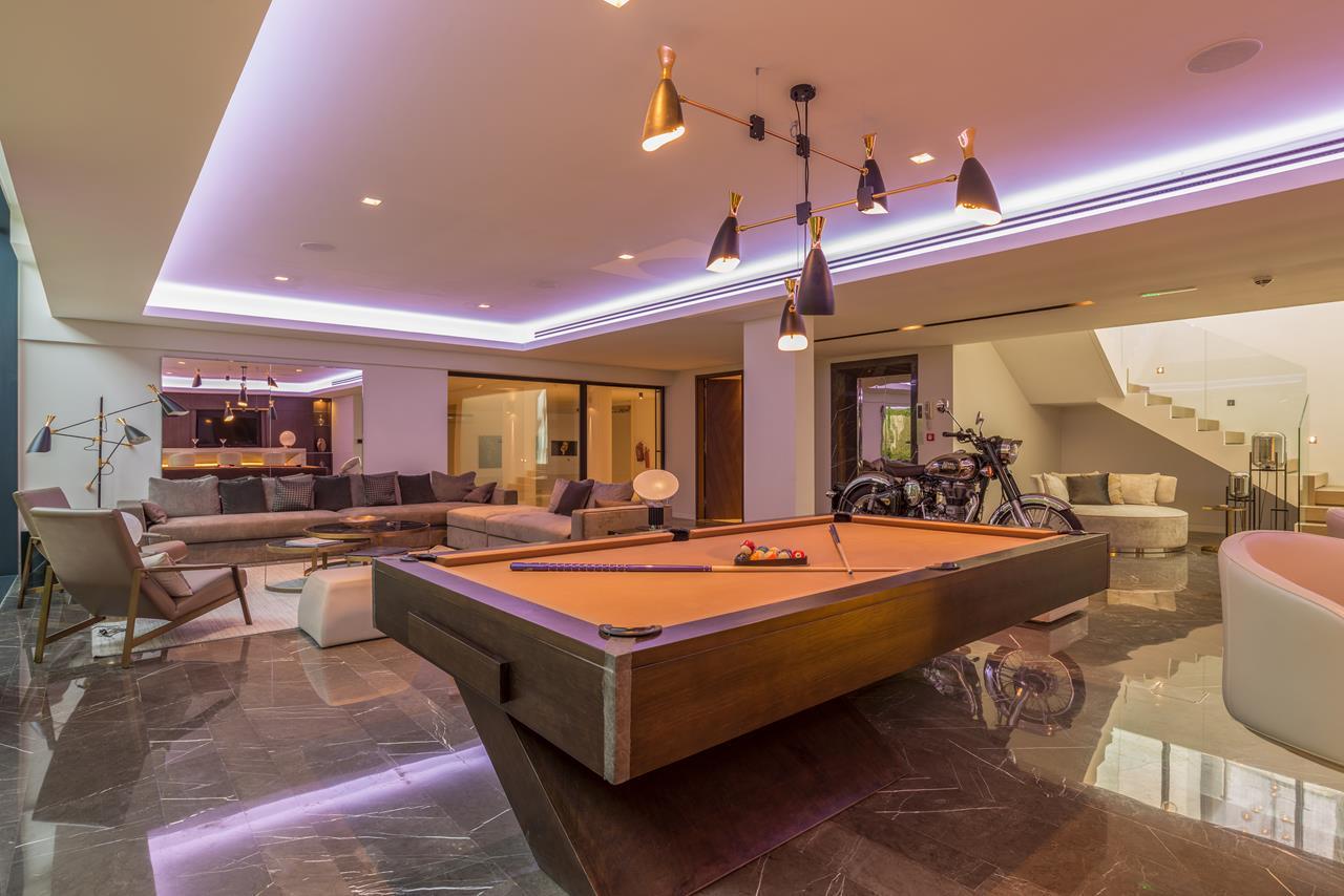 Villa_at_Hillside_Jumeirah_Golf_Estates_Dubai