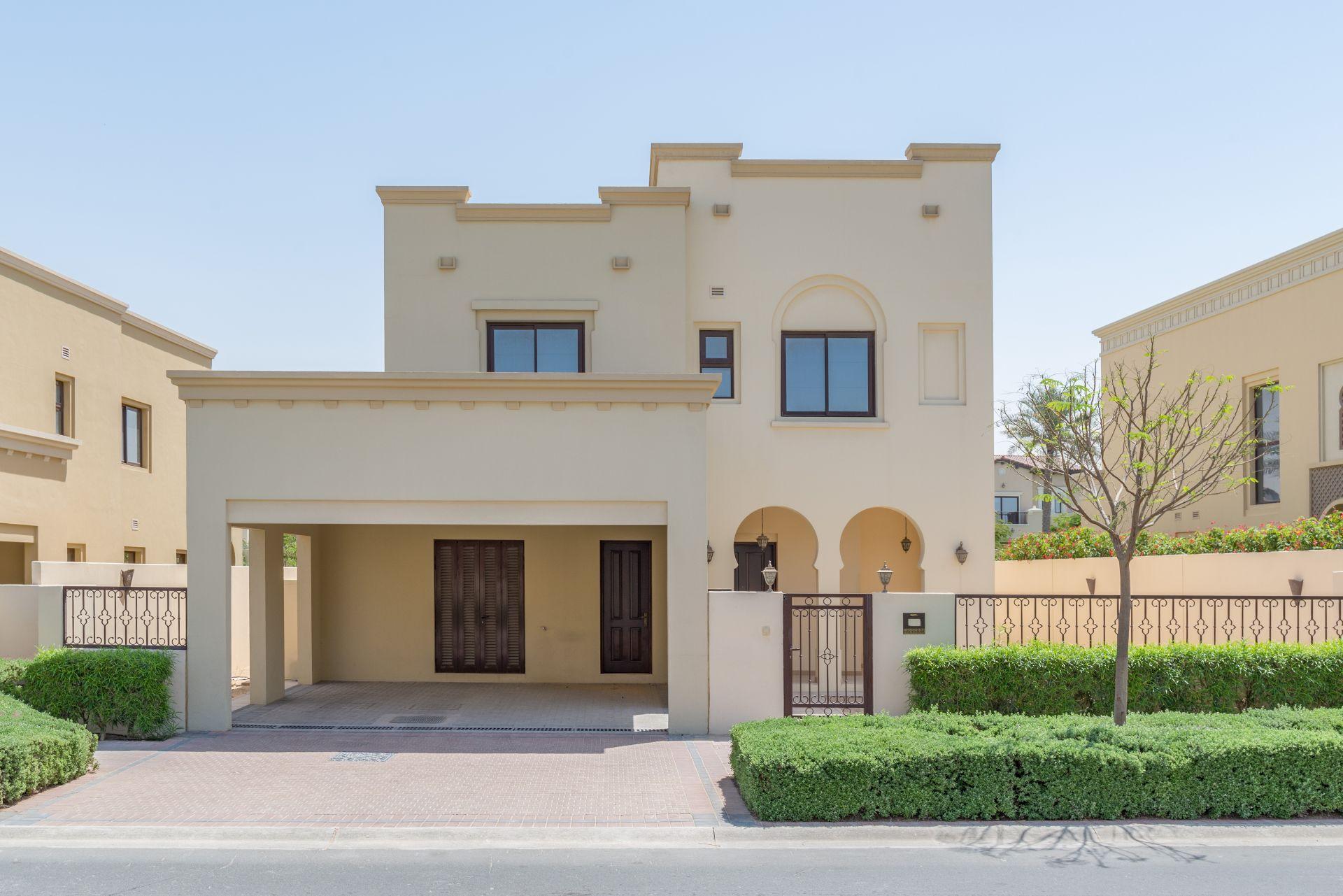 Arabian-Ranches-Villa-3