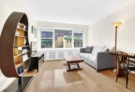 1 Bedroom Apartment in 435 East 65th Street, New York, 16