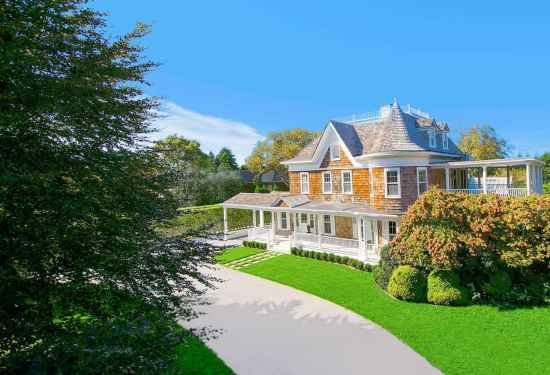 10 Bedroom Villa in 75 First Neck Lane, Hamptons, 16