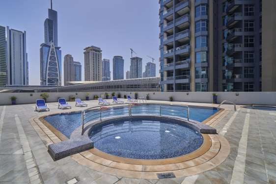 2 Bedroom Apartment in Cascades Tower, Dubai Marina, 1
