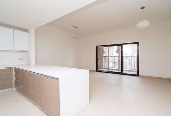 2 Bedroom Apartment in Al Andalus Apartments, Jumeirah Golf Estates, 1