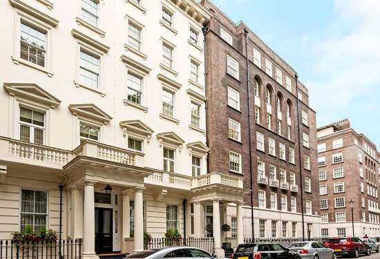 2 Bedroom Apartment in Lowndes Square, Belgravia, 6